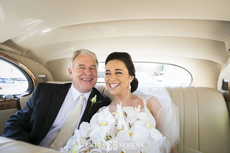 bride and dad in car, belle classics limos perth