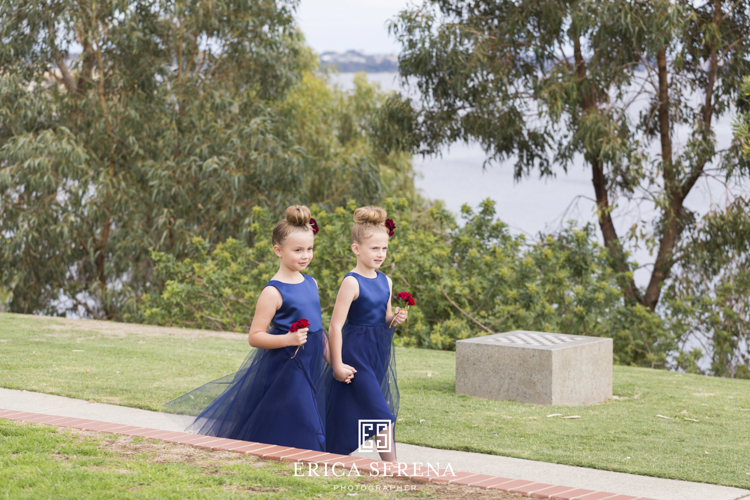 bluewater grill wedding, mardie & co, matthew landers, loui col designs, flowergirls