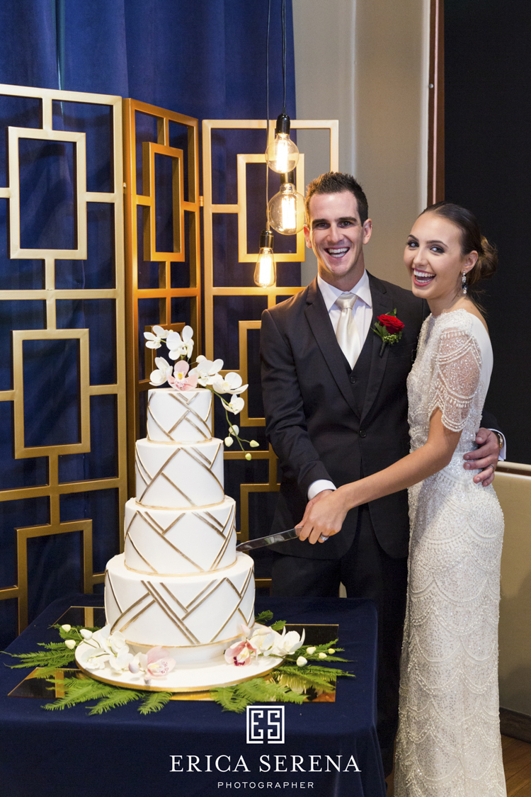 bluewater grill wedding, mardie & co, matthew landers, loui col designs, cake love couture cakes