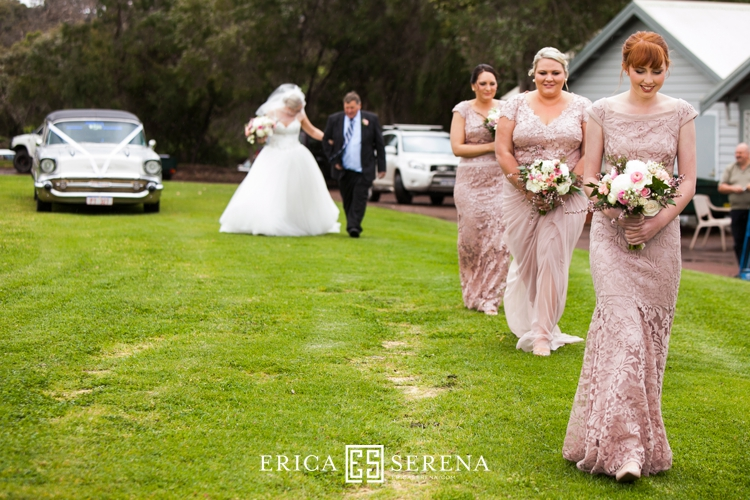 Perth wedding photographer, wedding photography perth, Margaret River wedding, brookland valley estate wedding