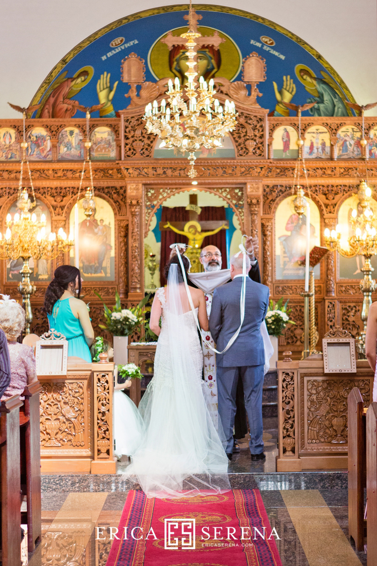 perth wedding photographer, wedding photography perth, wedding at Greek orthodox church of evangelism's, crowns