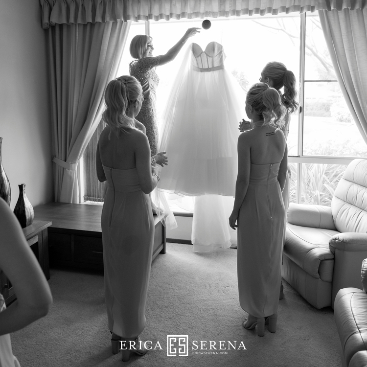 perth wedding photographer, perth wedding photography, wedding at mandoon estate, wedding dress, aubrey and rose