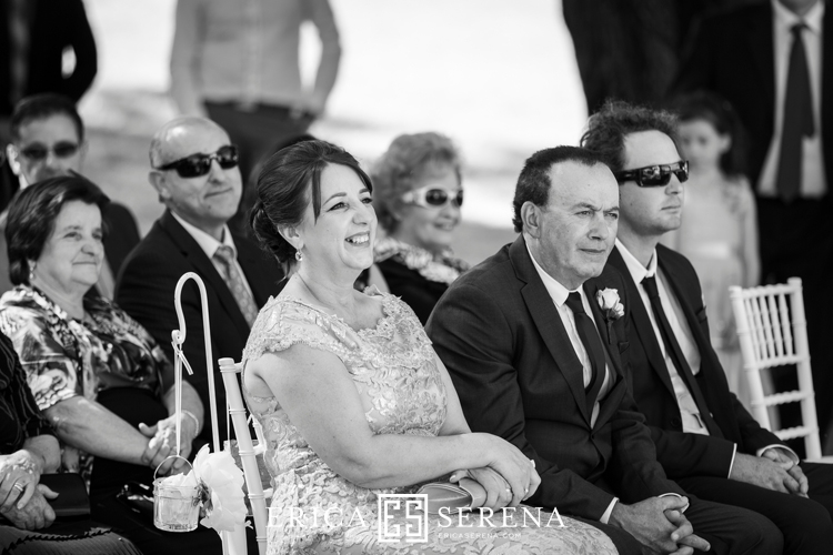 Perth wedding photographer. wedding photography perth. wedding at matilda bay. wedding at crown.